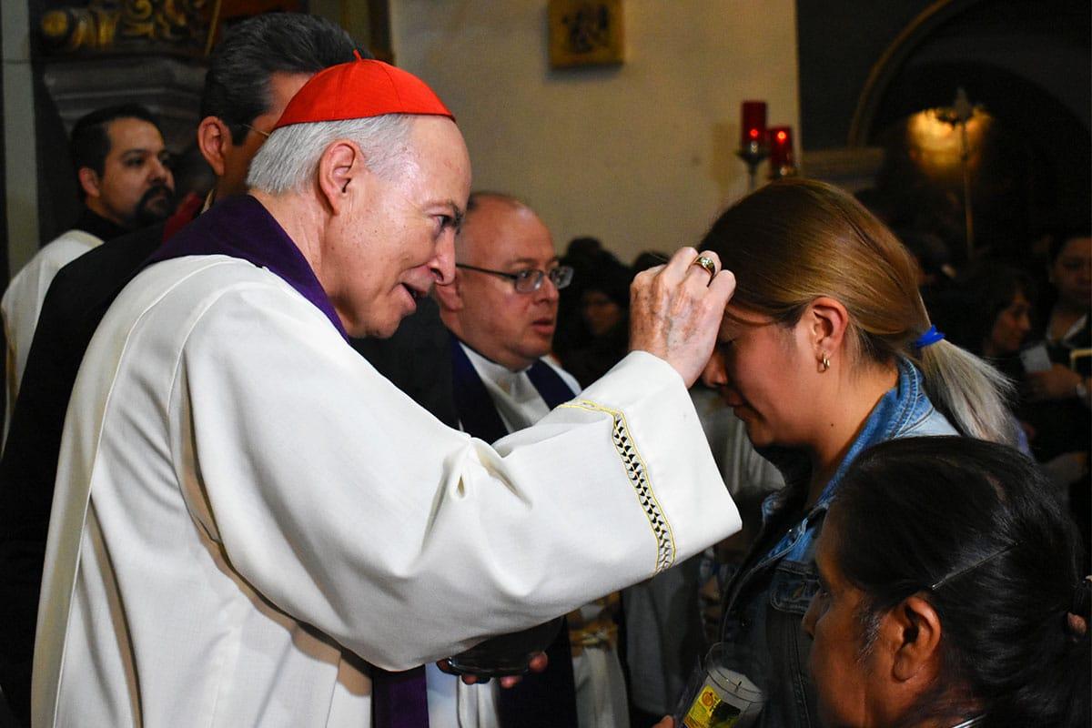 El Cardenal Carlos Aguiar en la Misa de Miércoles de Ceniza. Foto: Ricardo Sánchez