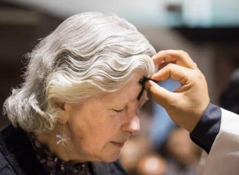Miércoles de Ceniza: ¿Por qué ayunar y guardar abstinencia?