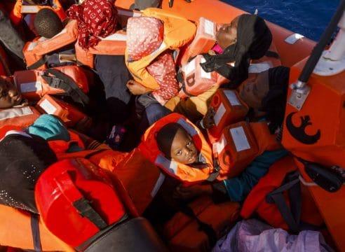 Escuchar el grito de los migrantes