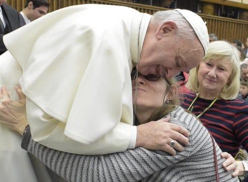 El Papa dona un millón de euros para los trabajadores de Roma