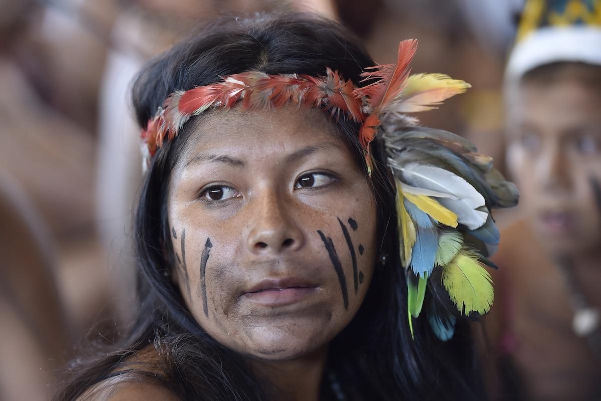 Representantes de los pueblos originarios de la Amazonia. Foto: L'Osservatore Romano