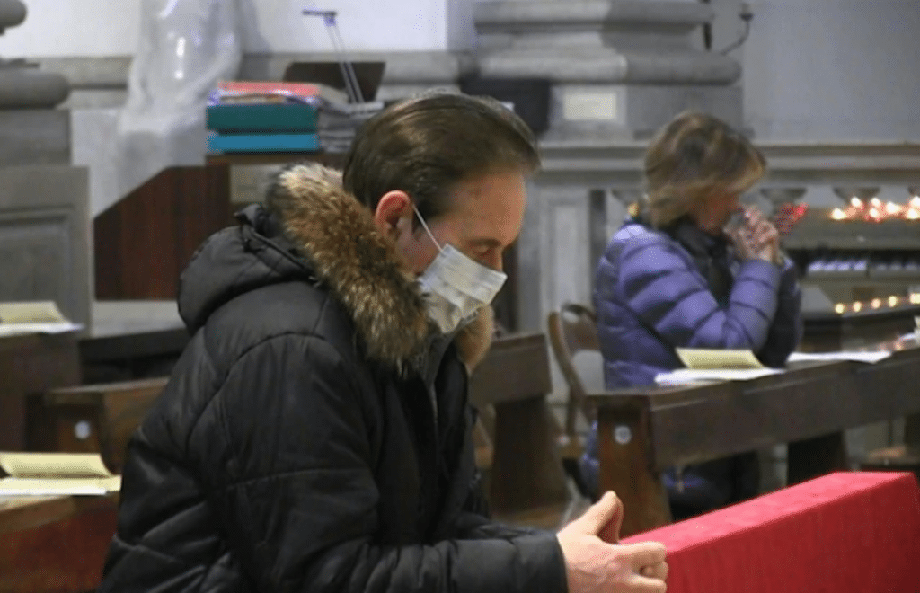 La Iglesia Católica recomienda tomar medidas para prevenir el contagio de coronavirus. Foto: Vatican Media