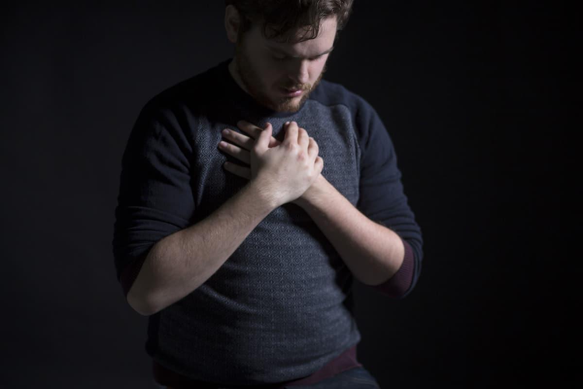 Orar nos permite hablar con Dios. Foto: Cathopic