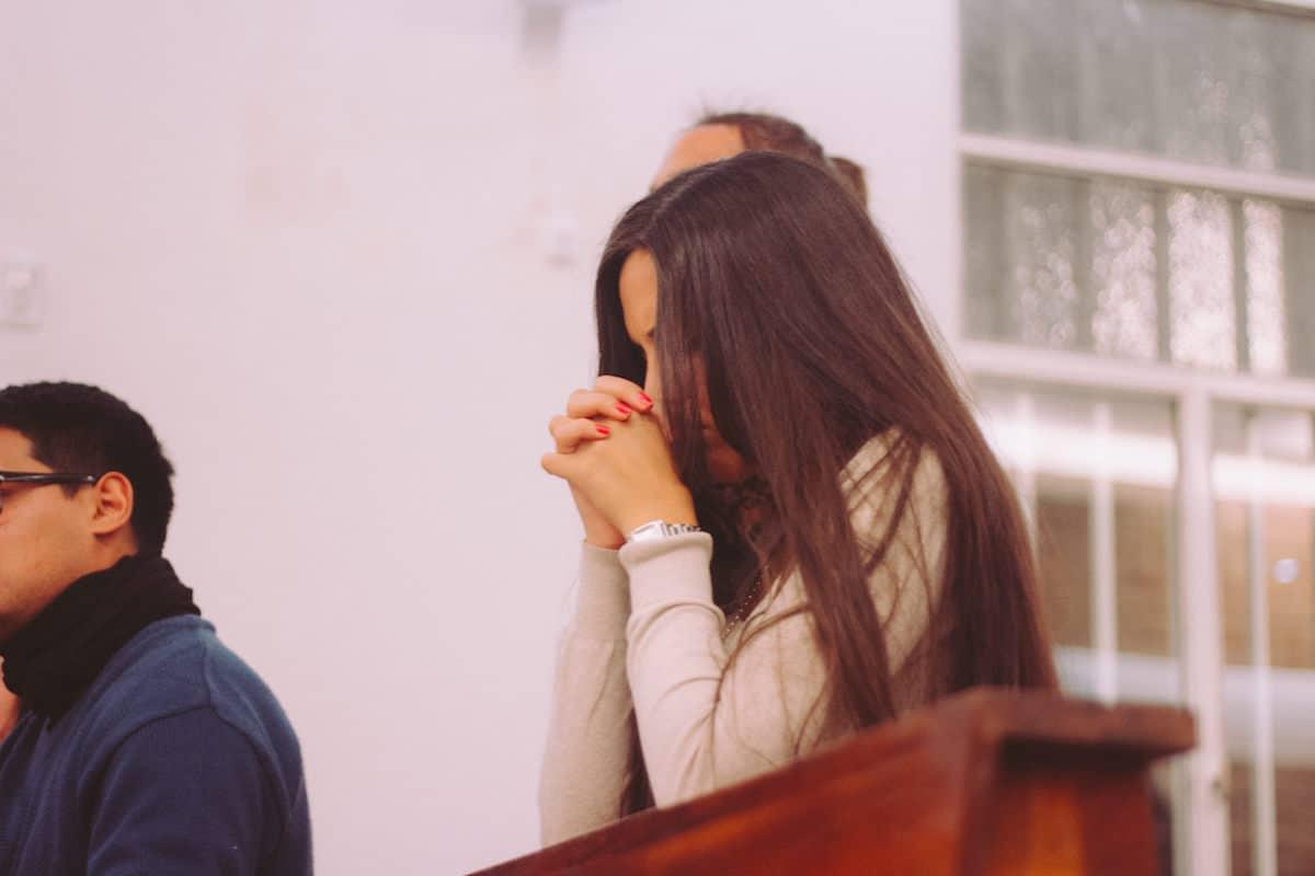 La oración es el centro de la vida cristiana. Foto: Cathopic