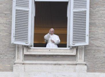 Tras enfrentamientos, el Papa Francisco reza por Colombia