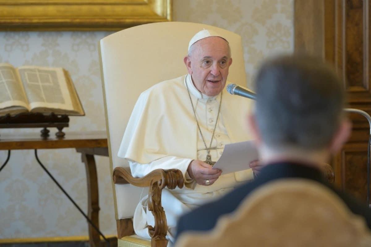 El Papa Francisco durante su audiencia general vía internet. Foto: Vatican Media.