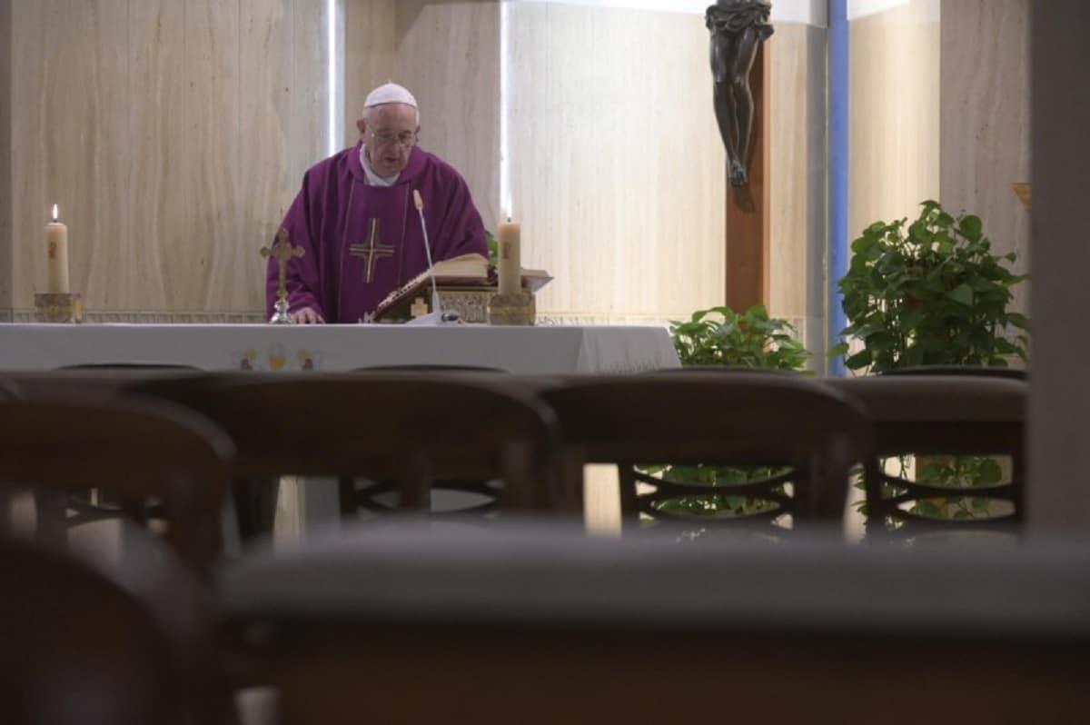 El Papa Francisco en la Misa en Santa Marta. Foto: Vatican Media.