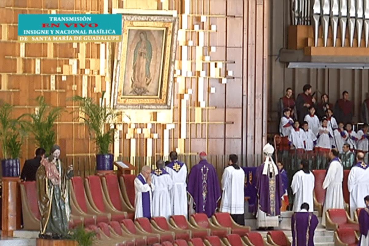 El Cardenal Aguiar dirigió una oración a la Virgen de Guadalupe en la Misa de Basílica.
