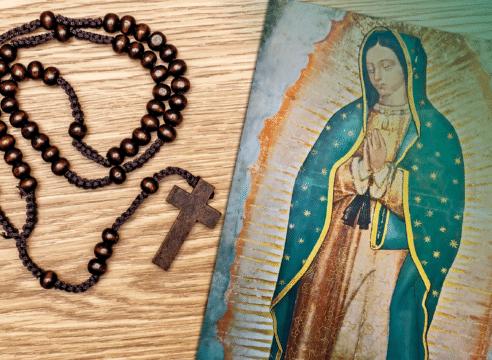 Con este Rosario pídele a la Virgen María que nos libre del coronavirus