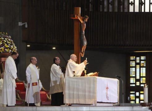 Homilía del Arzobispo Carlos Aguiar en el III Domingo de Pascua