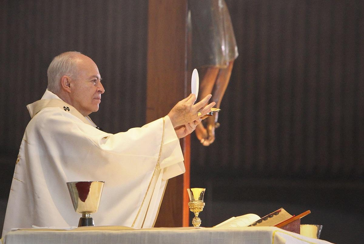 El Arzobispo Carlos Aguiar Retes en la Basílica de Guadalupe. Foto: INBG/Cortesía.
