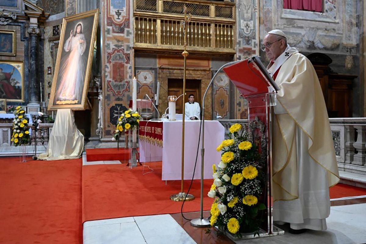 El Papa Francisco en la Fiesta de la Divina Misericordia 2020.