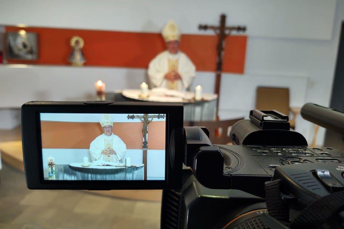 La Iglesia en las redes sociales. Foto: Ricardo Sánchez.