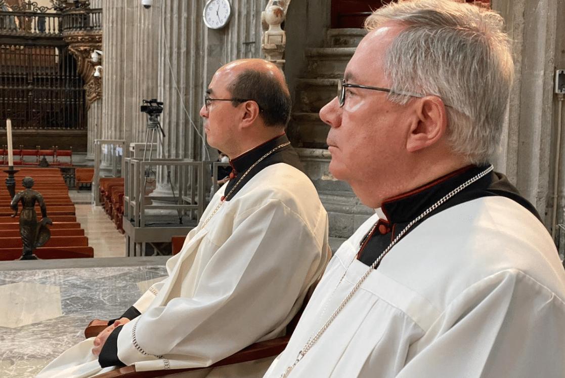 Los Obispos Salvador Martínez y Francisco Daniel Rivera. Foto: Jorge Luis Luna López / Catedral de México