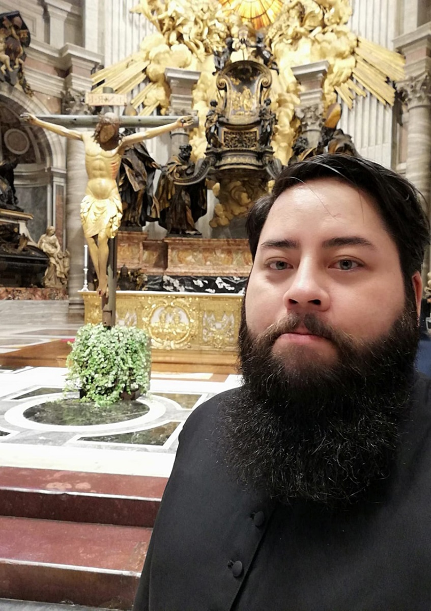El diácono mexicano participó en los oficios de Semana Santa 2020. Foto: Orlando Porta/Cortesía.