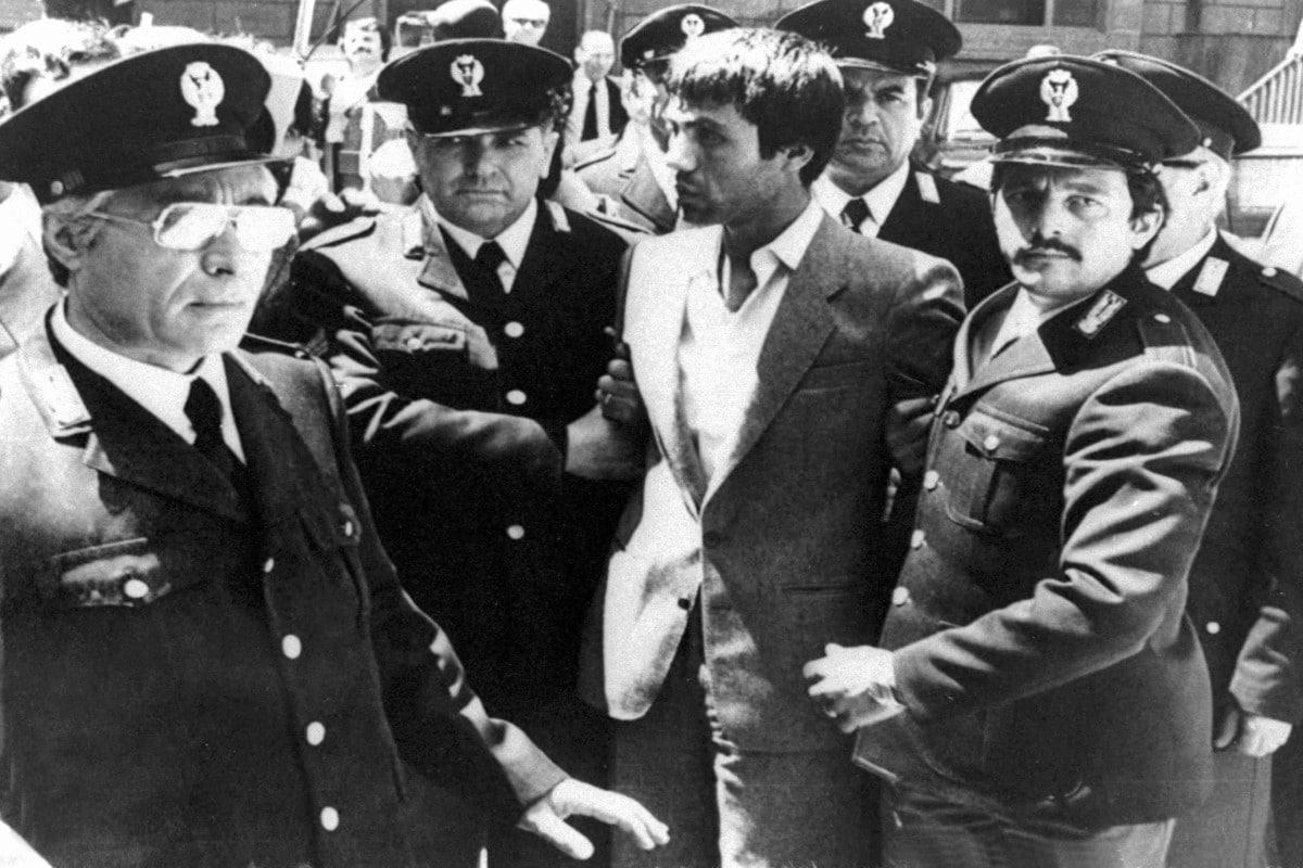 Ali Agca disparó dos veces contra Juan Pablo II. Crédito de foto: pronto.es