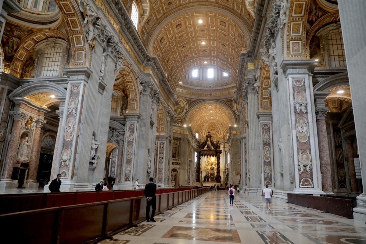 Interior de la Basílica de San Pedro, en el Vaticano. Foto: Pablo Esparza