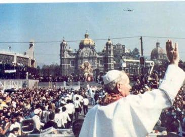San Juan Pablo II: historias y anécdotas de sus visitas a México