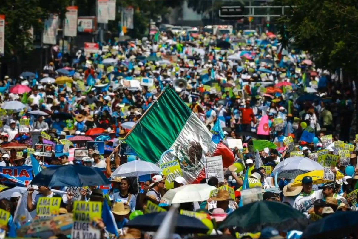 La marcha por la vida se celebra cada año en la Ciudad de México. Foto: Pasos por la Vida.