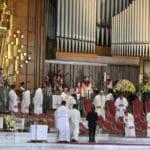 Homilía del Arzobispo Carlos Aguiar en el  V Domingo de Pascua