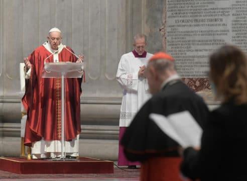 Papa Francisco en Pentecostés: El Espíritu es la unidad de la Iglesia