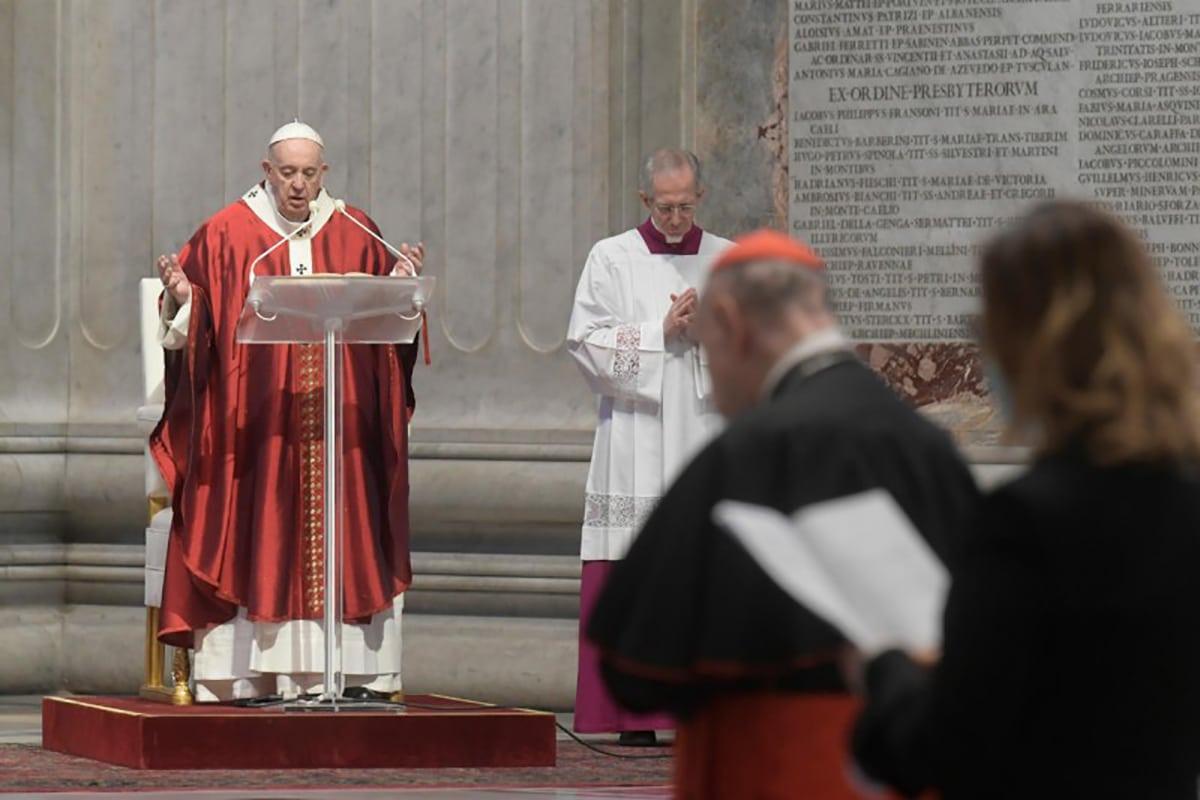 El Papa Francisco en la Misa por la Solemnidad de Pentecostés. Foto: Vatican Media.