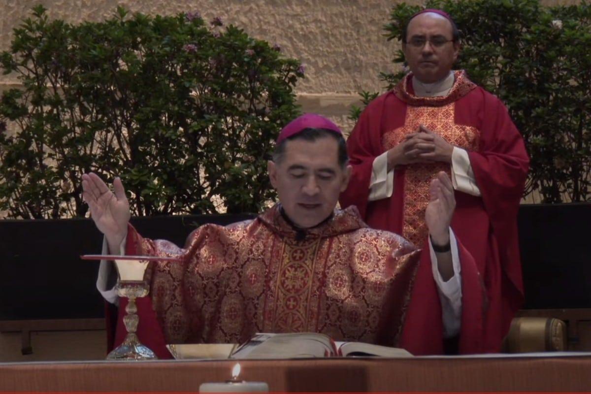 Monseñor Carlos Samaniego presidió la Misa solemne.