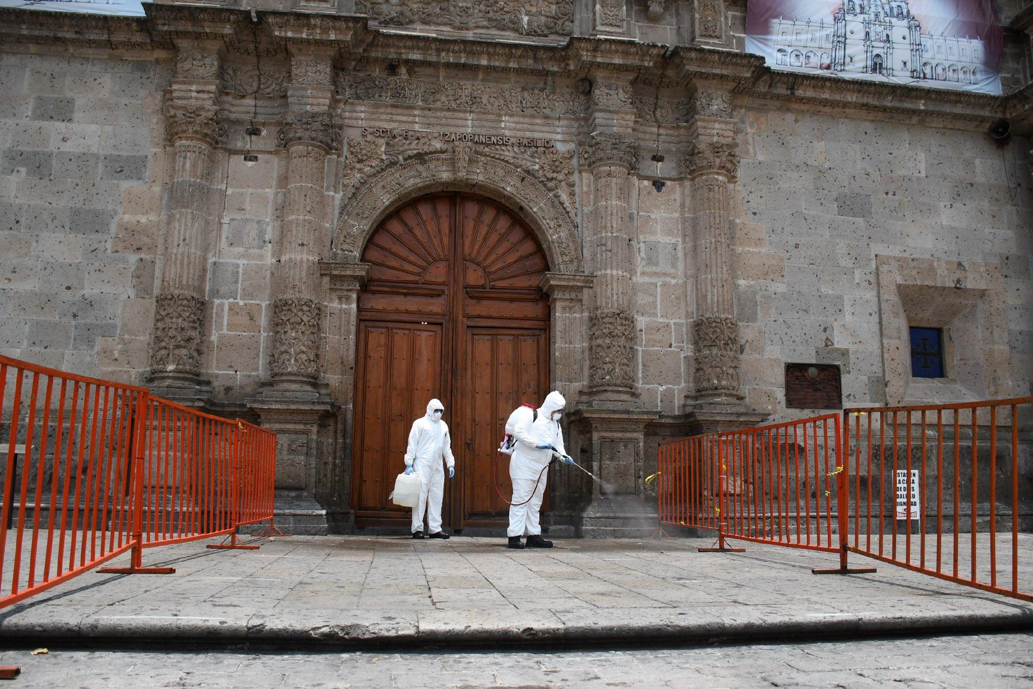 La Basílica de Zapopan fue sanitizada antes de su apertura. Foto: Twitter