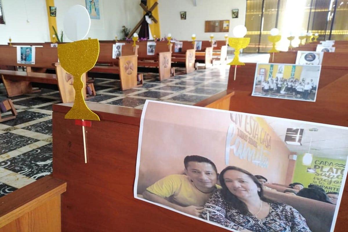 La comunidad envió imágenes familiares para participar virtualmente en la Misa de Corpus. Foto: Parroquia Nuestra Señora de la Asunción, Mejicanos/Cortesía