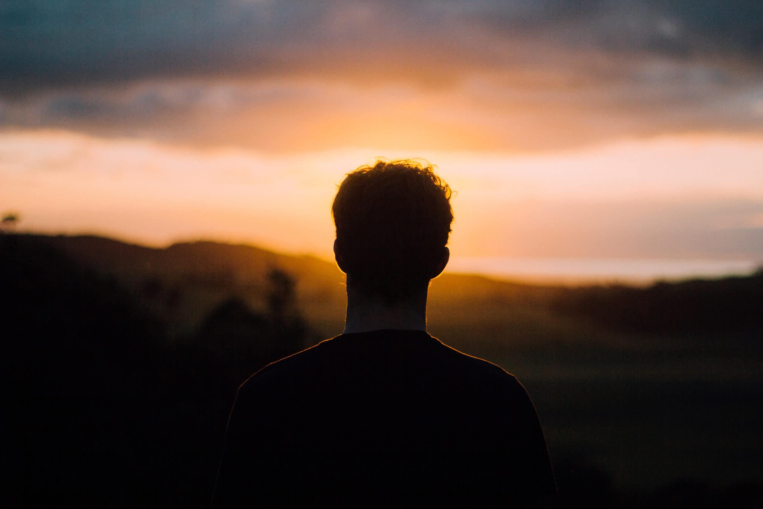 Los católicos no creemos que la muerte sea el final. Sabemos que es un umbral, un paso a la vida eterna. Foto: Cathopic