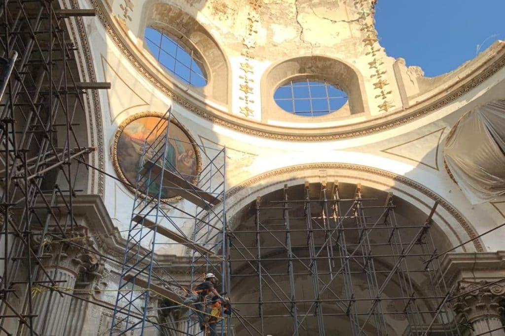 Apuntalamiento y reforzamiento de la estructura en Nuestra Señora de los Ángeles. Foto: P. Salvador Barba/Cortesía