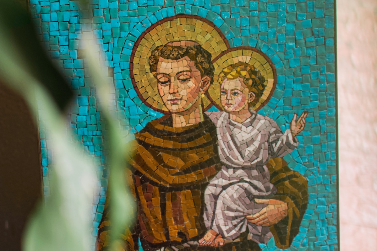 Imagen de San Antonio de Padua, uno de los santos más venerados de México