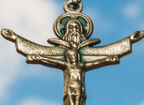 ¿Cómo explicar a los niños qué es la Santísima Trinidad?