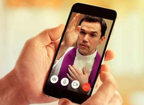 ¿Por qué no es válido confesarse por teléfono o por internet?