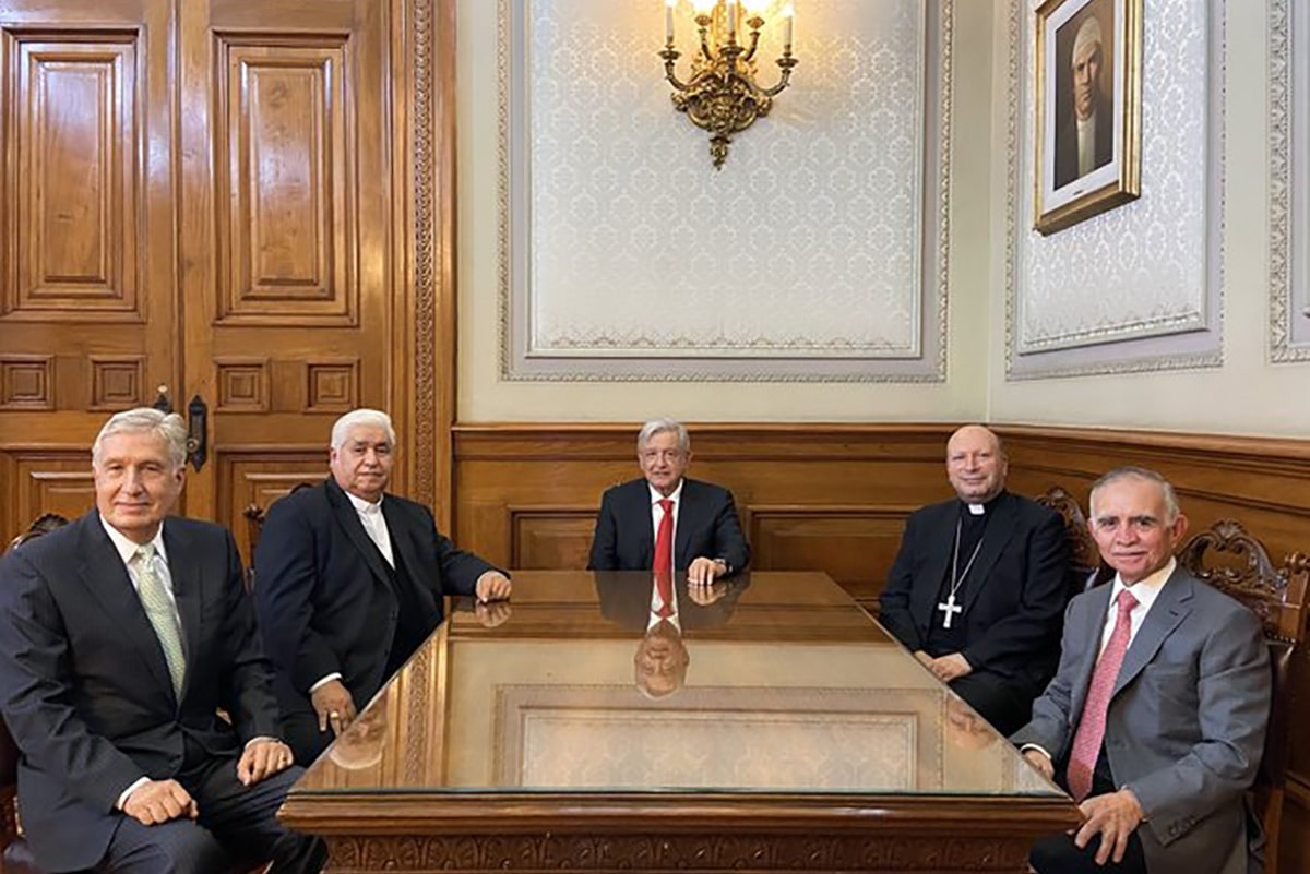 El presidente publicó una foto de la reunión. Foto: Andrés Manuel López Obrador/Twitter.