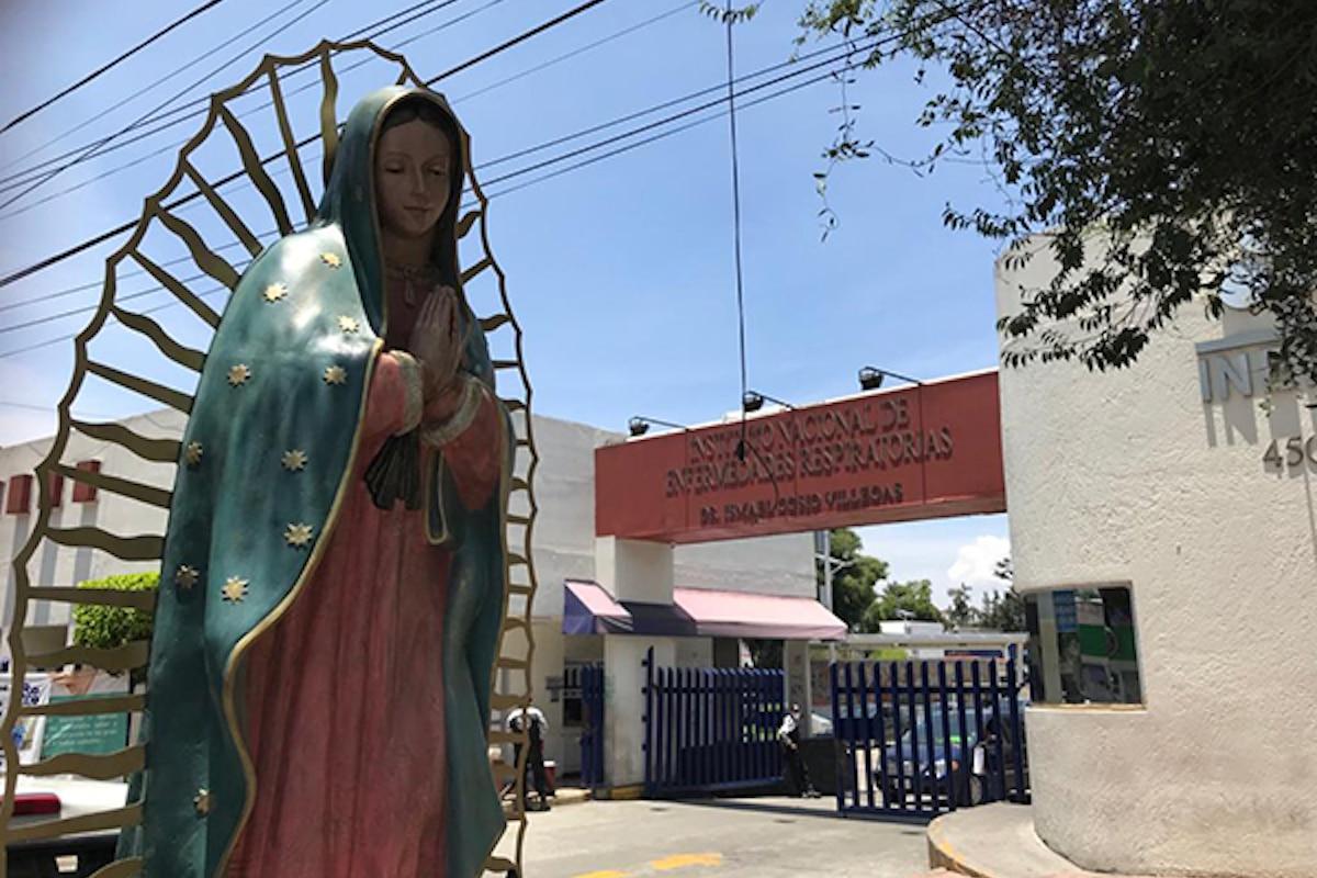 La Virgen de Guadalupe en el Instituto Nacional de Enfermedades Respiratorias. Foto: Unión de Voluntades