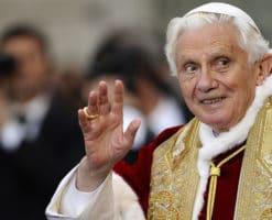 """""""Queridos amigos"""", la carta de Benedicto XVI por la muerte de su hermano"""
