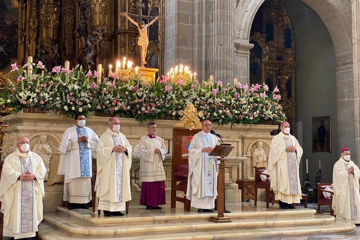 Misa por la fiesta patronal de la Catedral Metropolitana. Foto: Jorge Luis Luna López / Catedral Metropolitana de México.