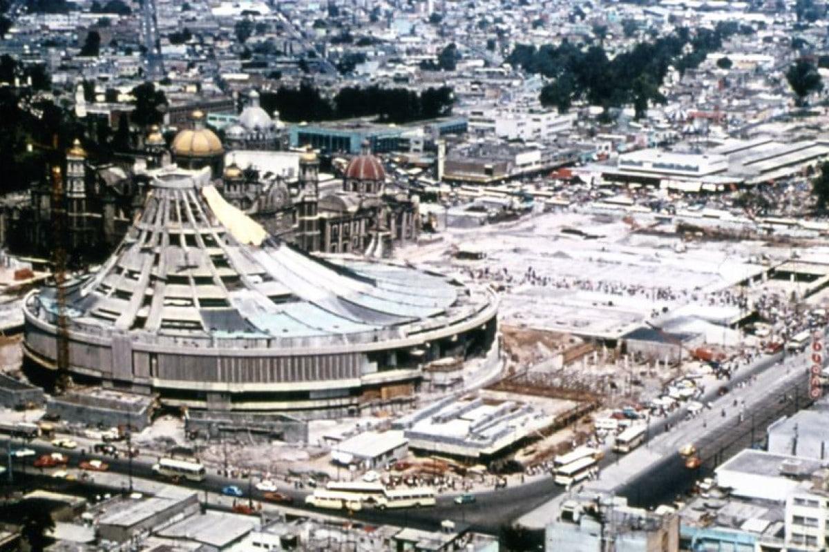 Vista aérea de la Construcción de la Basílica de Guadalupe, 1975. Foto: Cortesía Departamento de Obras de la INBG