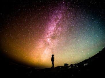 ¿Cómo creó Dios al mundo?, lo que debemos considerar al leer la Biblia