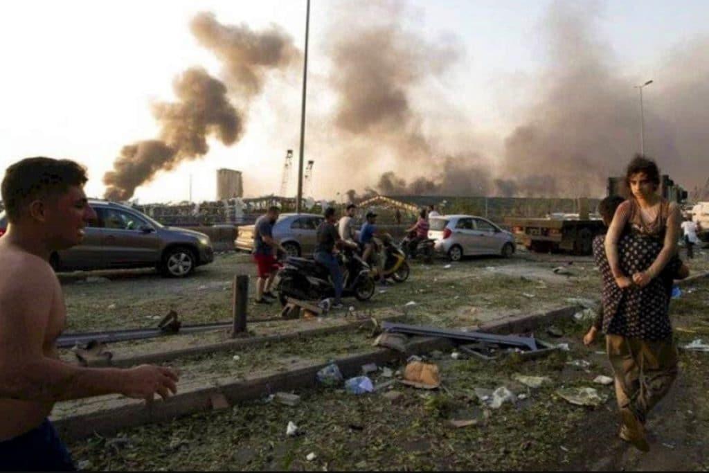 Las explosiones en Líbano han dejado hasta el momento más de 100 muertos y cerca de 300 mil damnificados. Foto: AP