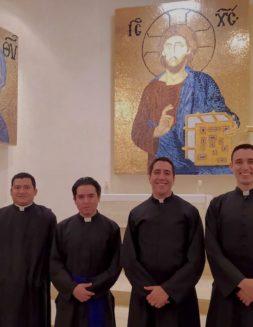 Ellos son los nuevos diáconos transitorios de la Arquidiócesis de México