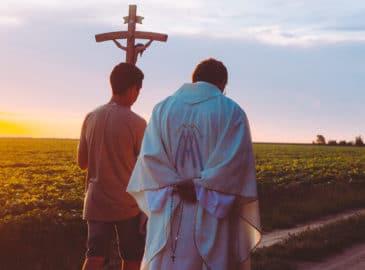 Todos los bautizados somos sacerdotes con Cristo sacerdote