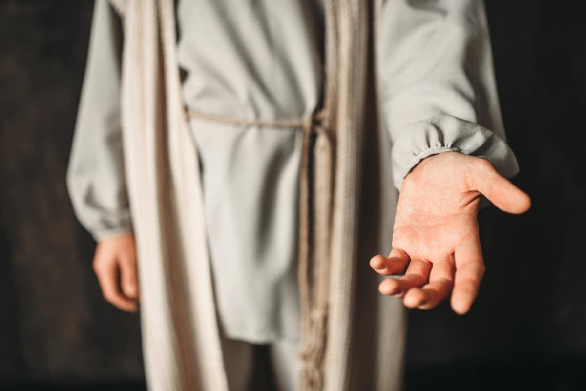 Es posible sanar las heridas emocionales al acercarse a Dios. Foto: Cathopic