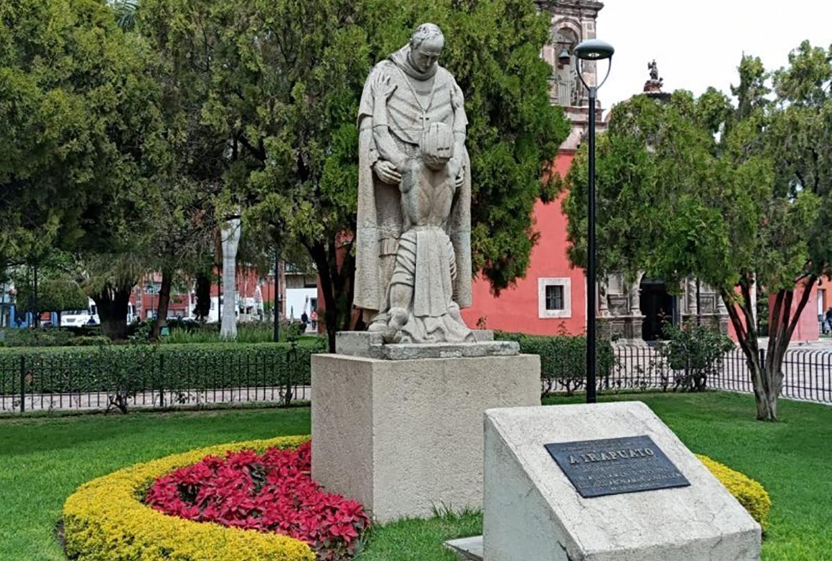 Monumento a Vasco de Quiroga en Irapuato. Foto: Notus.com.mx