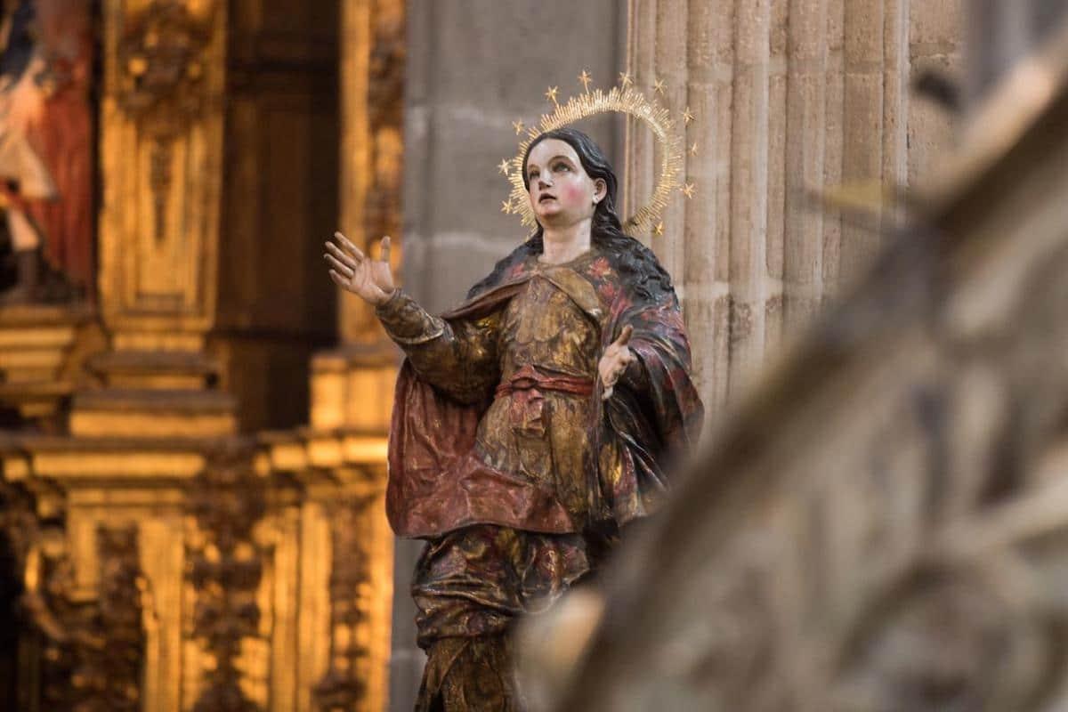 Imagen de la Virgen de la Asunción al interior de la Catedral de México. Foto: María Langarica