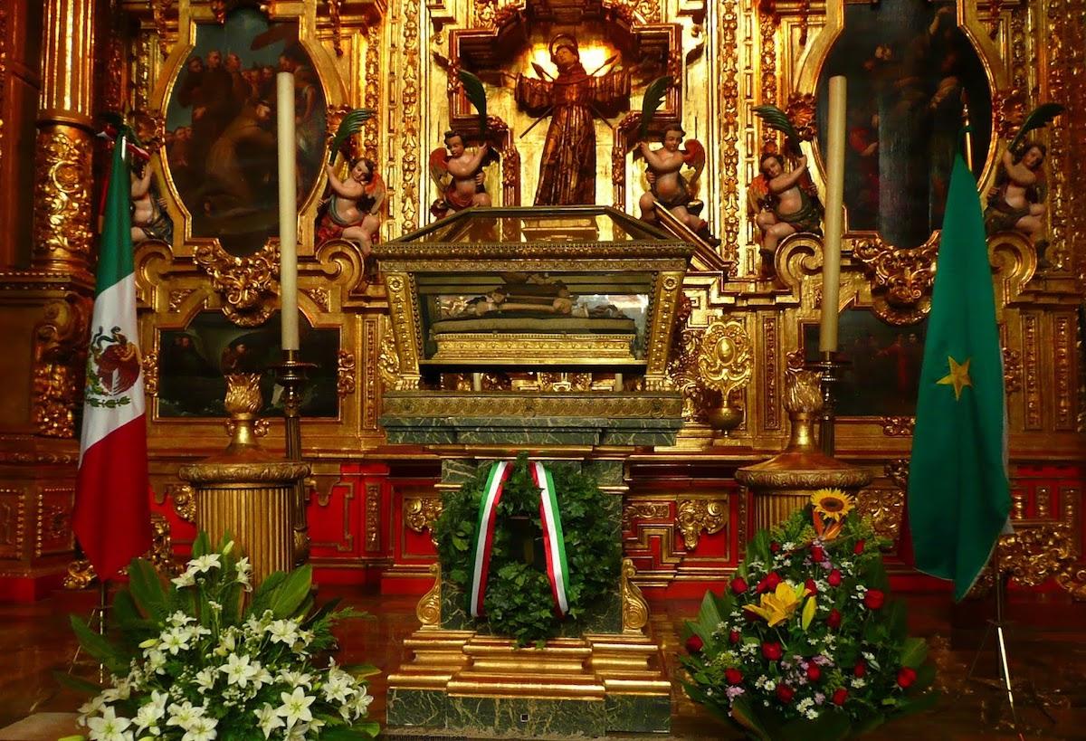 Restos de Agustín de Iturbide en la Capilla de San Felipe de Jesús