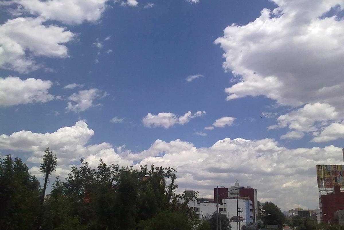 ¿Por qué deberíamos contemplar las nubes a diario?