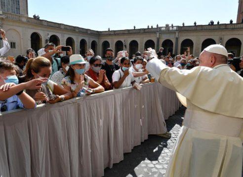 ¿Por qué no hay audiencias del Papa en julio?