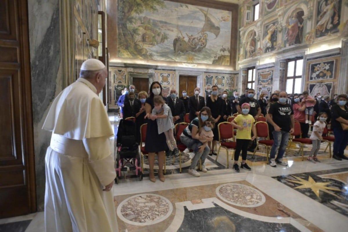 Audiencia del papa Francisco con los integrantes del Círculo de San Pedro. Foto: Vatican Media.